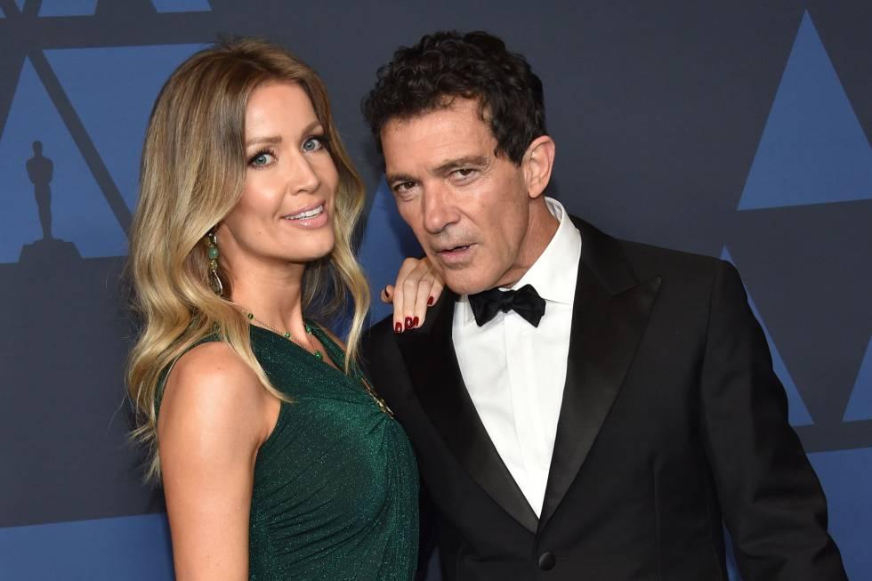 Ator Antonio Banderas e Nicole Kimpel em premiação em Hollywood.