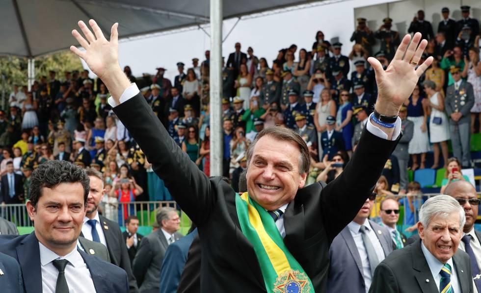 Sergio Moro, Jair Bolsonaro e General Heleno no desfile de 7 de setembro.