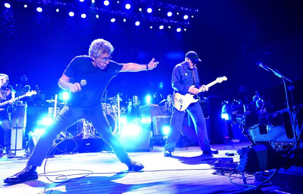 O vocalista do The Who, Roger Daltrey, à esquerda, e o guitarrista Pete Townshend em um show nos EUA em setembro.