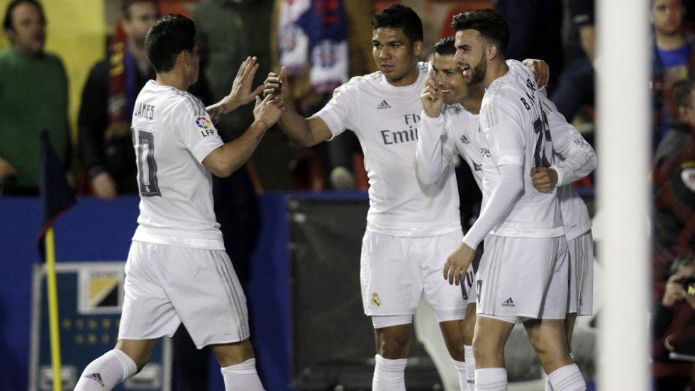 Cristiano Ronaldo abriu o placar.