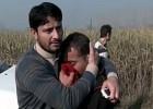 Talibã nega responsabilidade no ataque, pouco após um dos líderes ter reivindicado a autoria. Mais de 30 pessoas ficaram feridas