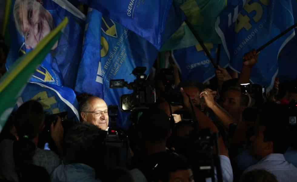 Geraldo Alckmin durante visita a empresa de reciclagem em Brasília no dia 17 de setembro.