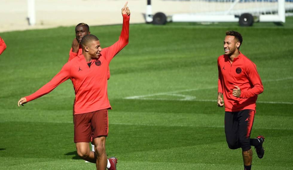 Mbappé e Neymar treinam para enfrentar o Liverpool.
