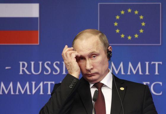 Vladimir Putin ao término da cúpula UE-Rússia, em Bruxelas, em janeiro.