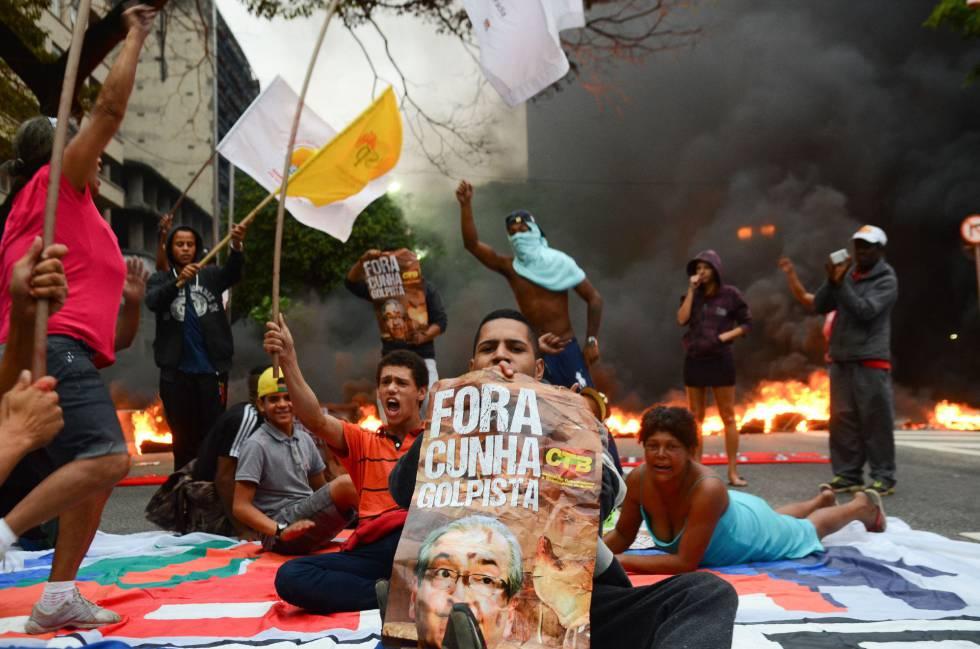 Protestos contra o impeachment em São Paulo.