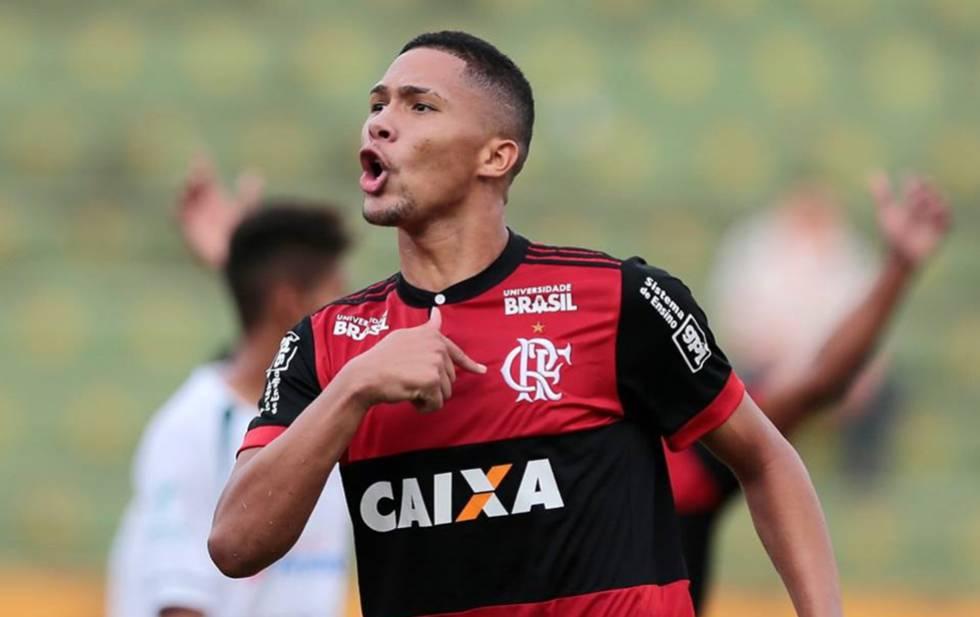 Vitor Gabriel, maior destaque do time do Flamengo, está suspenso na final.