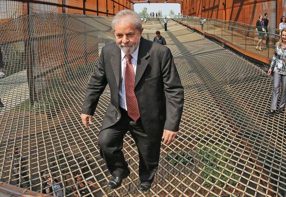 Lula em exposição em Milão neste mês.