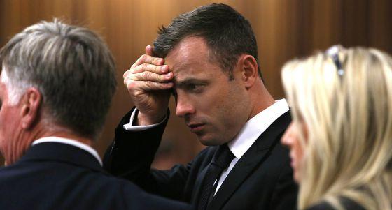 Pistorius, no terceiro dia do julgamento pelo assassinato da sua noiva.