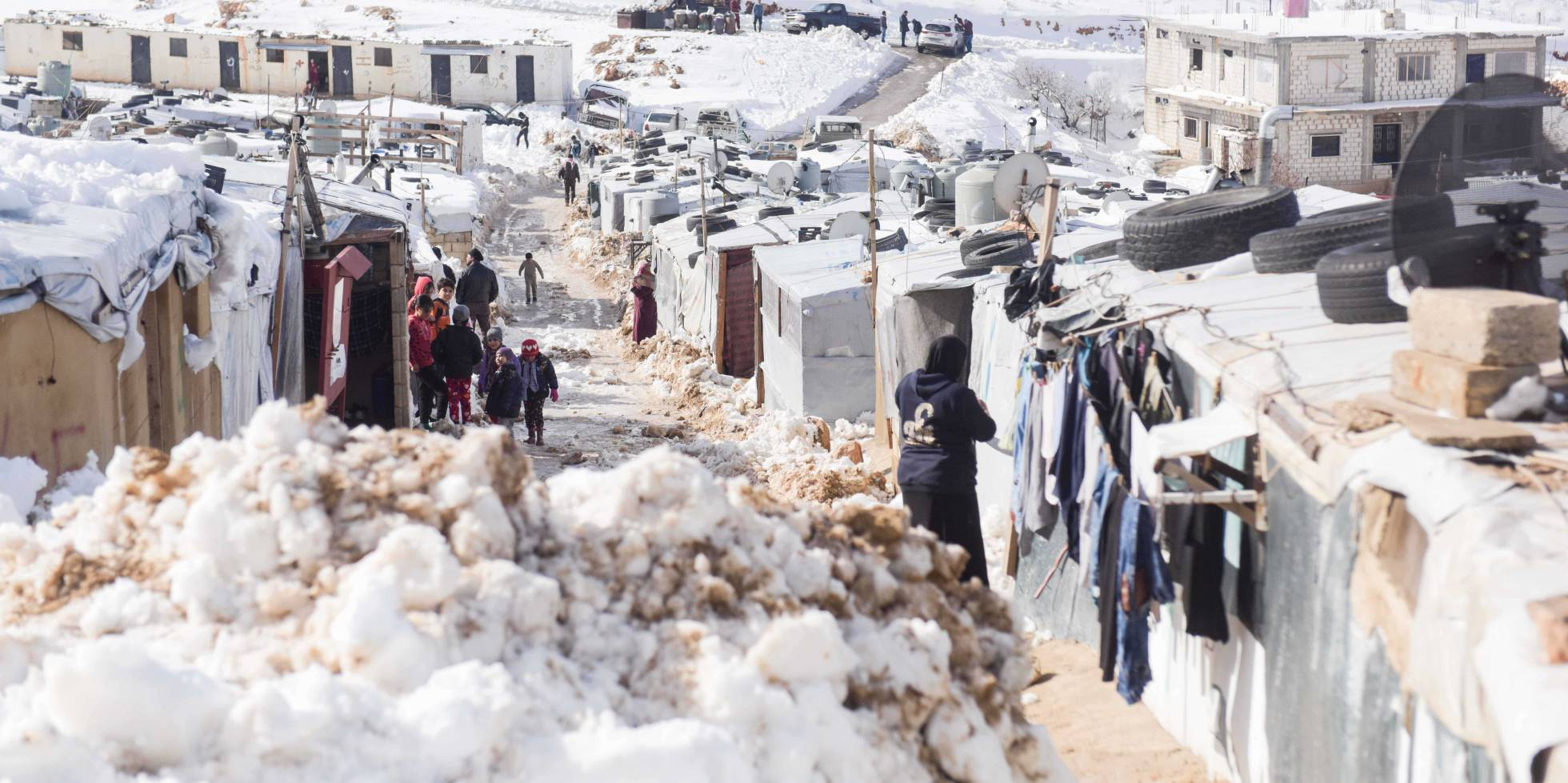 O assentamento de Arsal coberto de neve.
