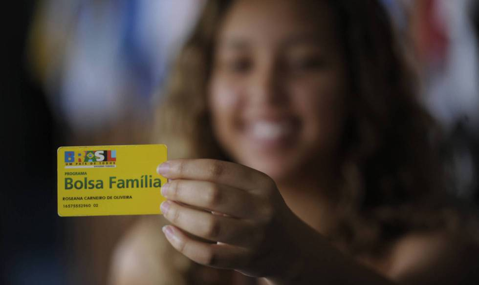 Beneficiária do programa Bolsa Família.