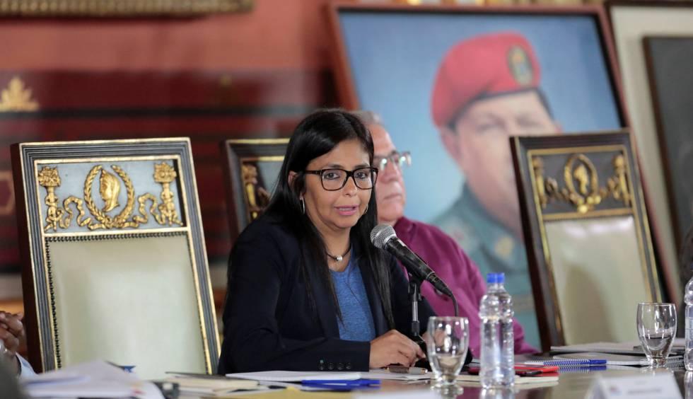 A presidenta da Assembleia Nacional Constituinte, Delcy Rodríguez.