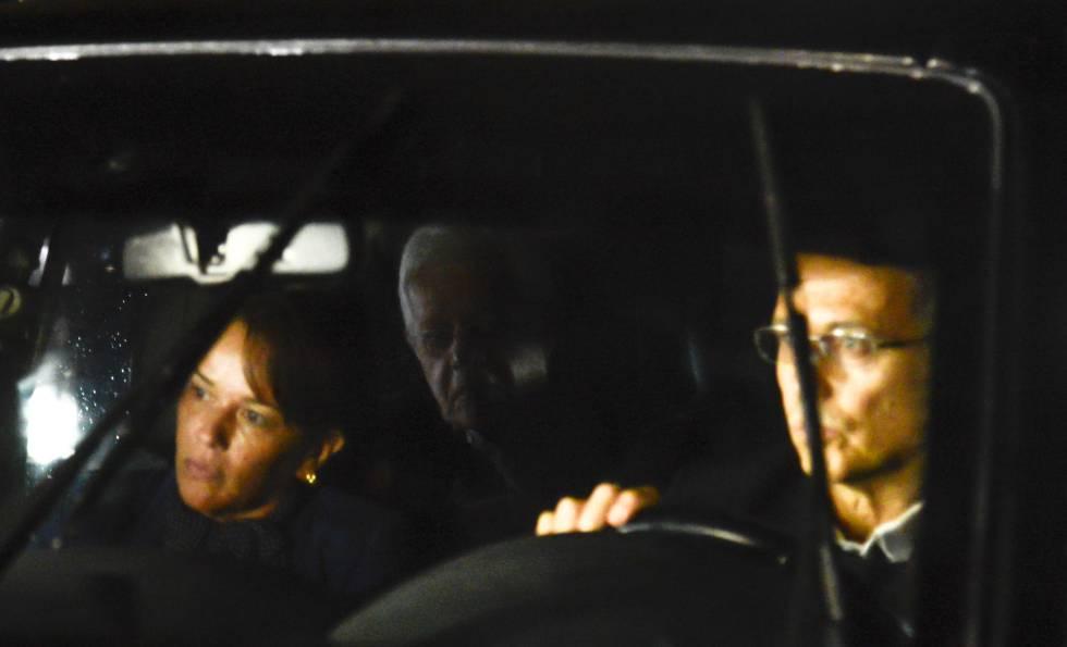 Ex-ministro Moreira Franco chega na Superintendência Regional da Polícia Federal, no Rio de Janeiro.