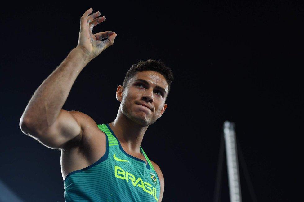 Thiago Braz da Silva, 22, chegou à Rio 2016 como promessa. Treinado por um técnico badalado, ele tinha, porém, um histórico irregular.