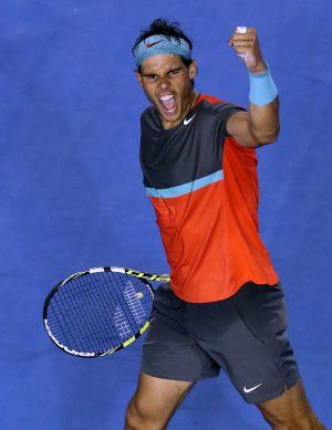Nadal celebra sua vitória contra Federer.