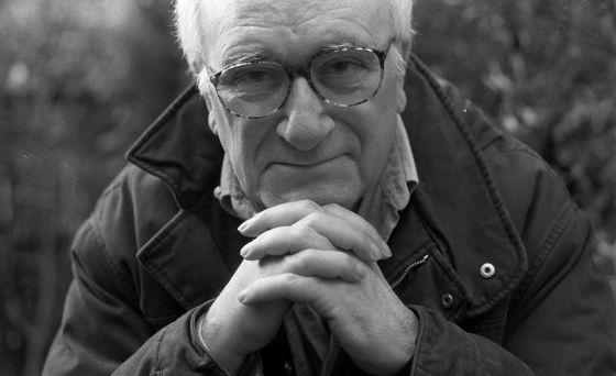 Vicente Aranda, em 1998.