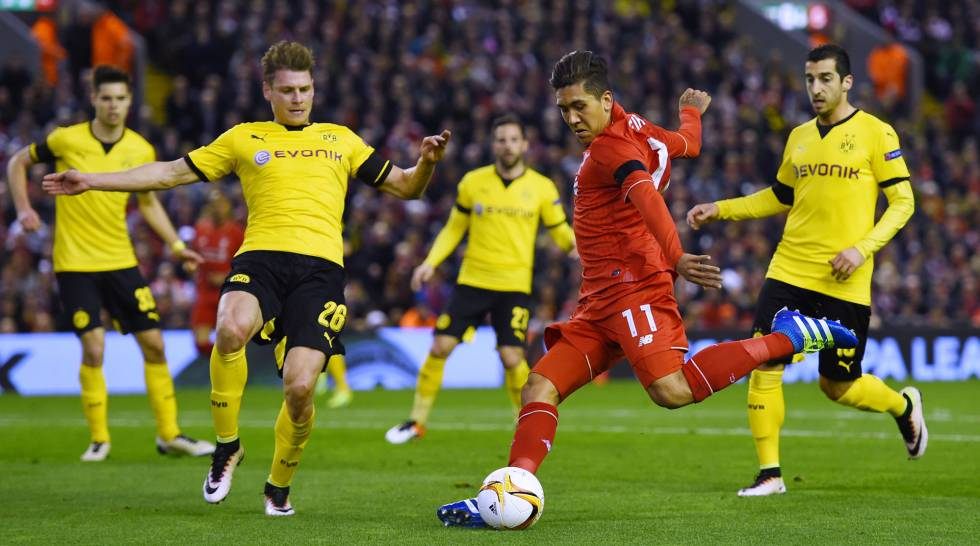 Firmino, durante Liverpool x Borussia.