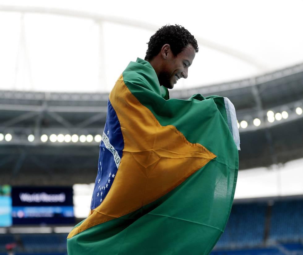 As medalhas brasileiras na Paralimpíada. Daniel Martins, campeão dos 400 m rasos.