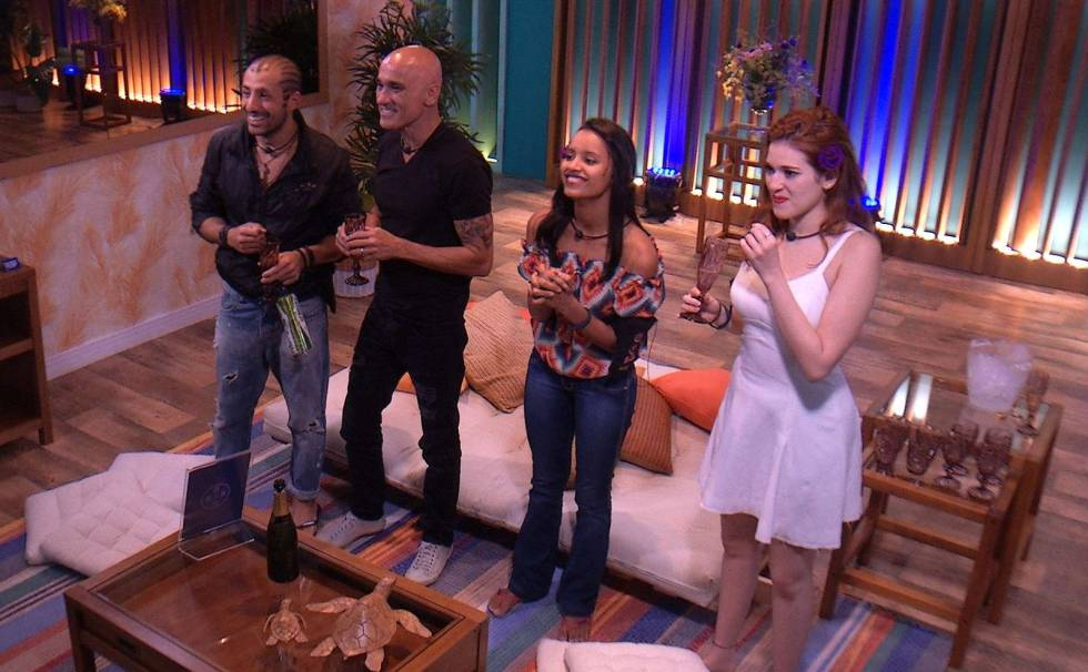 Os finalistas do BBB18: Kaysar, Ayrton, Gleici e Ana Clara (da esq. à dir.): programa chega à final nesta quinta.