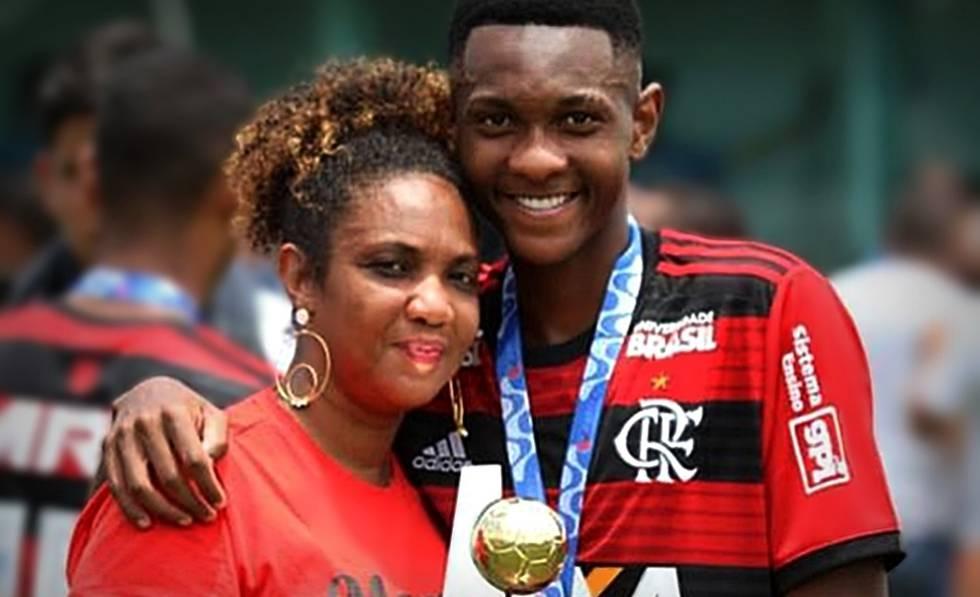 Jorge Eduardo, filho de Alba Valéria, foi uma das vítimas do incêndio no CT do Flamengo.
