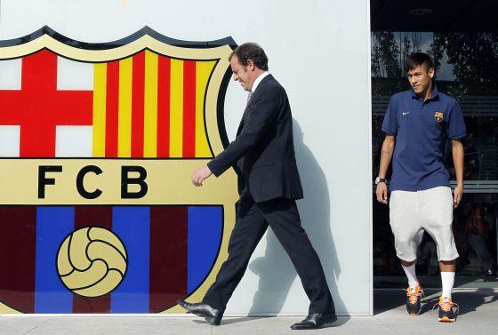 Rosell e Neymar, na apresentação do atacante.