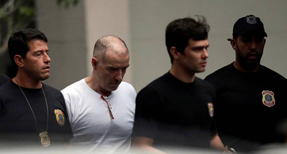 Eike Batista, sem diploma universitário, não tem direito a prisão especial.