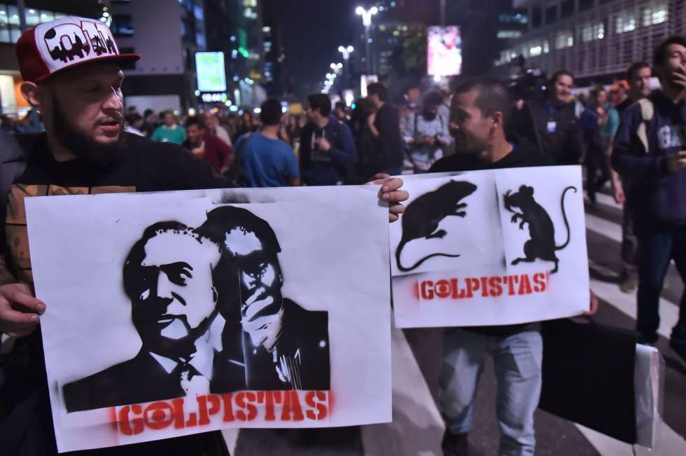 Protesto em São Paulo contra o presidente interino.