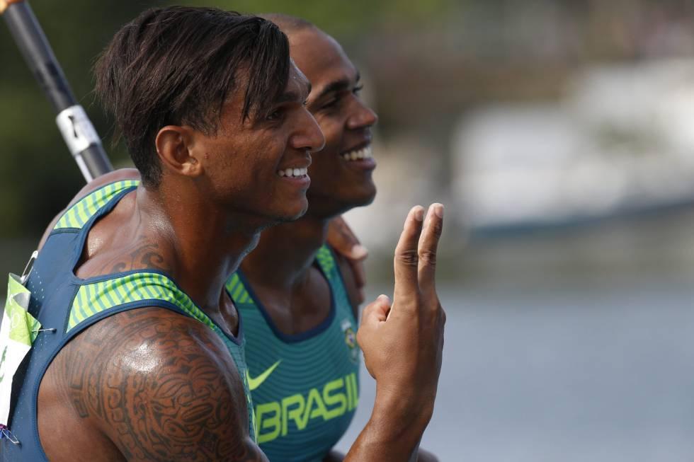 Isaquias Queiroz e Erlon de Souza.