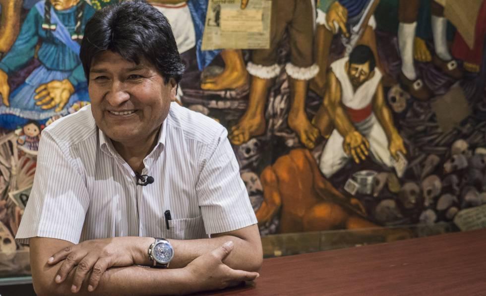 Evo Morales na sede da Prefeitura da Cidade de México, nesta quarta-feira.