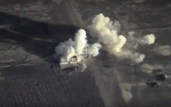 Imagem capturada de vídeo que mostra um ataque russo na Síria.
