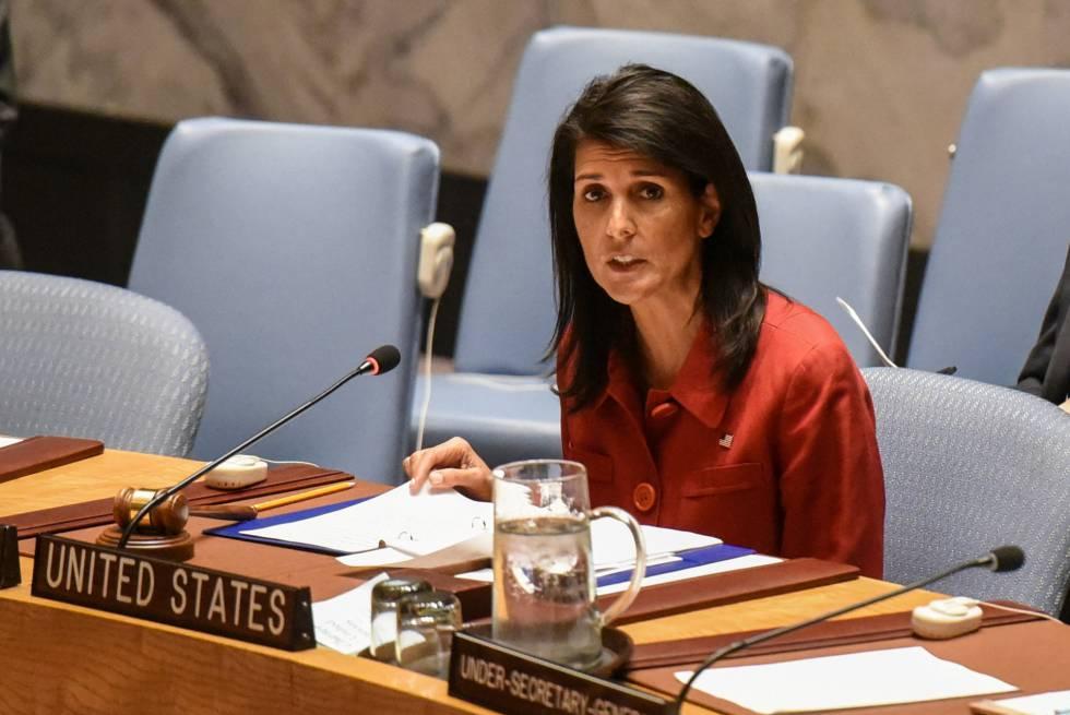 A embaixadora Nikki Haley durante reunião no Conselho de Segurança da ONU em 7 de abril, em Nova York.