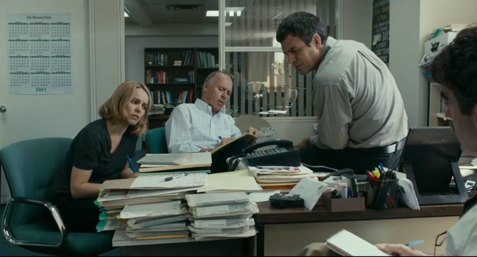 A equipe de repórteres da Spotlight do Boston Globe no cinema.