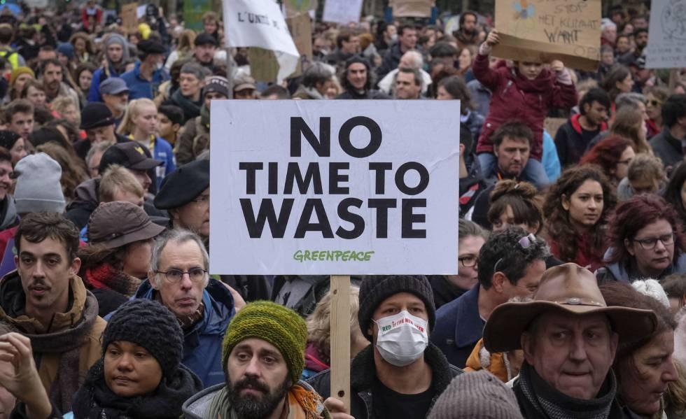 Manifestação em Bruxelas, domingo passado, contra a mudança climática.