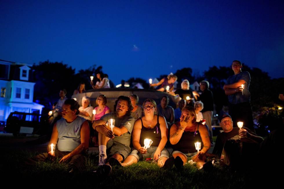 Vigília pelos mortos por overdose nos Estados Unidos em 2015