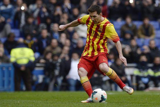 Messi lança o pênalti do Barcelona