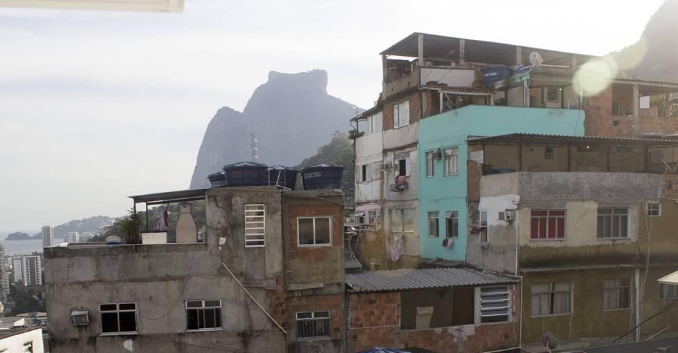 Alerta Rocinha 24hs, grupo de WhatsApp reúne cerca de 130 moradores de uma das maiores favelas do Brasil