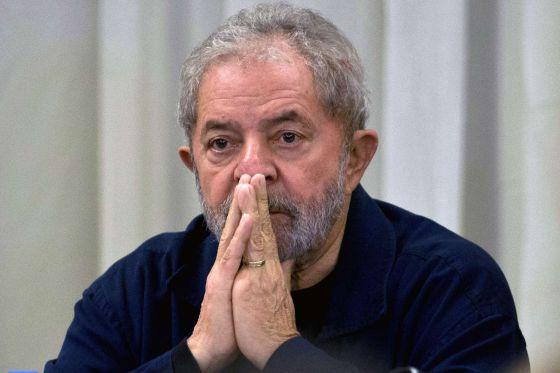 O ex-presidente Lula na reunião do PT, em São Paulo.