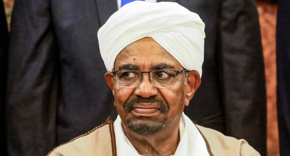 O ex-presidente sudanês Omar Al-Bashir.