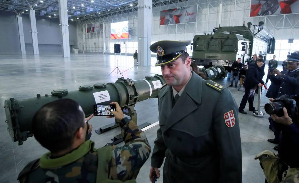 Reunião com jornalistas e especialistas militares organizada pelo Kremlin em janeiro para mostrar que um de seus polêmicos mísseis não descumpre o INF