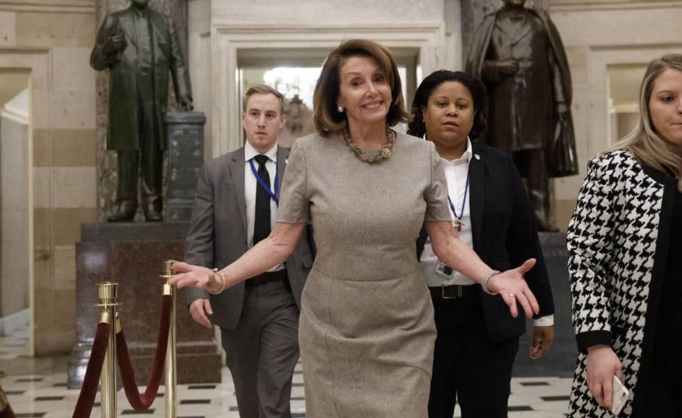 Nancy Pelosi, na Câmara de Representantes, na sexta-feira passada