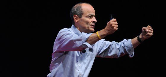 Carlos Brito, em uma conferência.