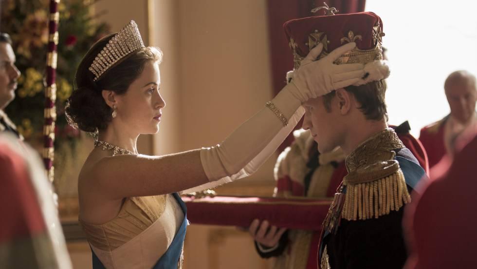 Claire Foy e Matt Smith na segunda temporada de 'The Crown'.