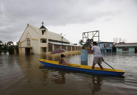 Os efeitos das inundações em Bulacán, no norte de Manila.