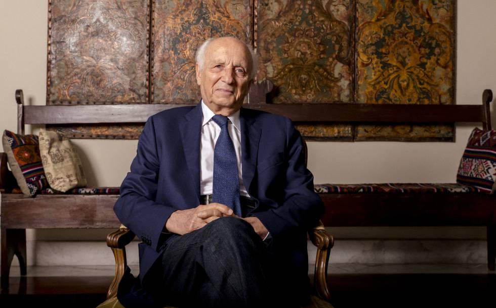 Ex-embaixador Rubens Ricupero