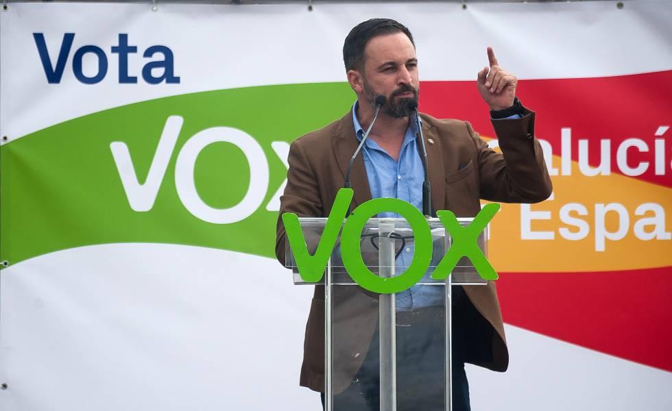 Santiago Abascal, líder do Vox, durante a campanha das eleições andaluzas