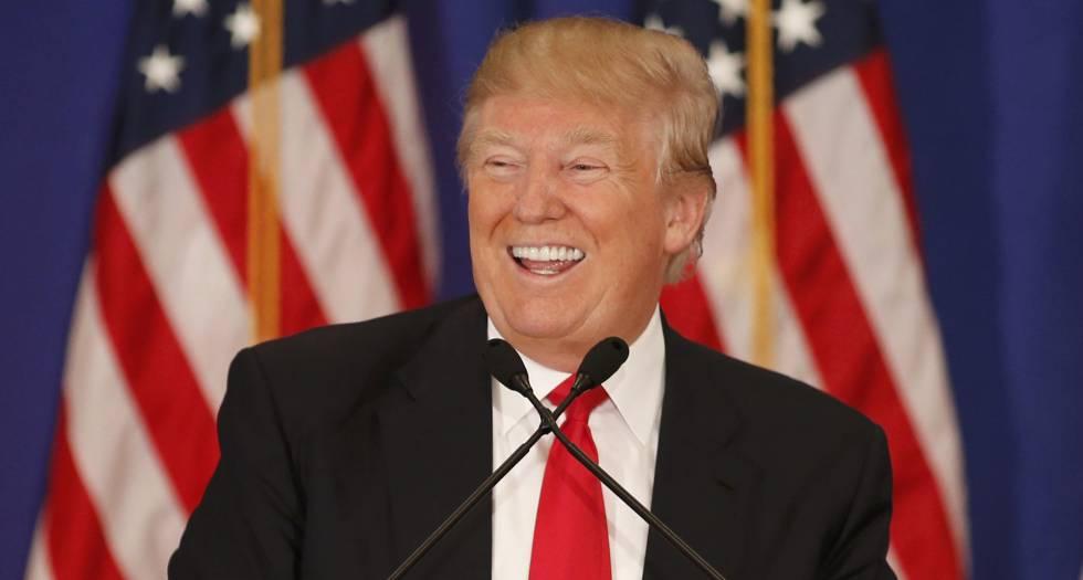 Donald Trump durante comício das primárias republicanas.