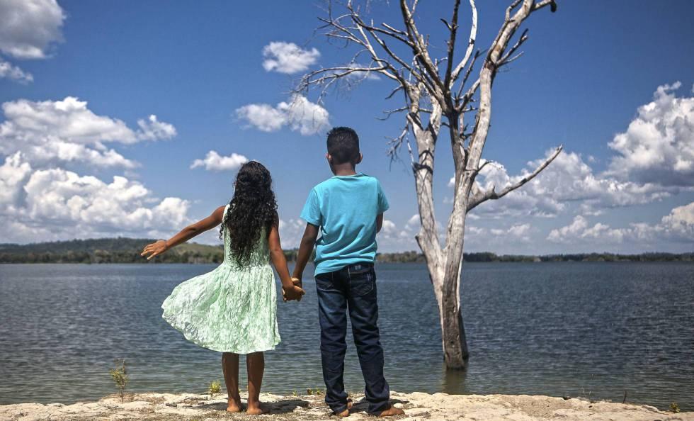 Crianças em Altamira, no Pará, tema de coluna recente de Eliane Brum.