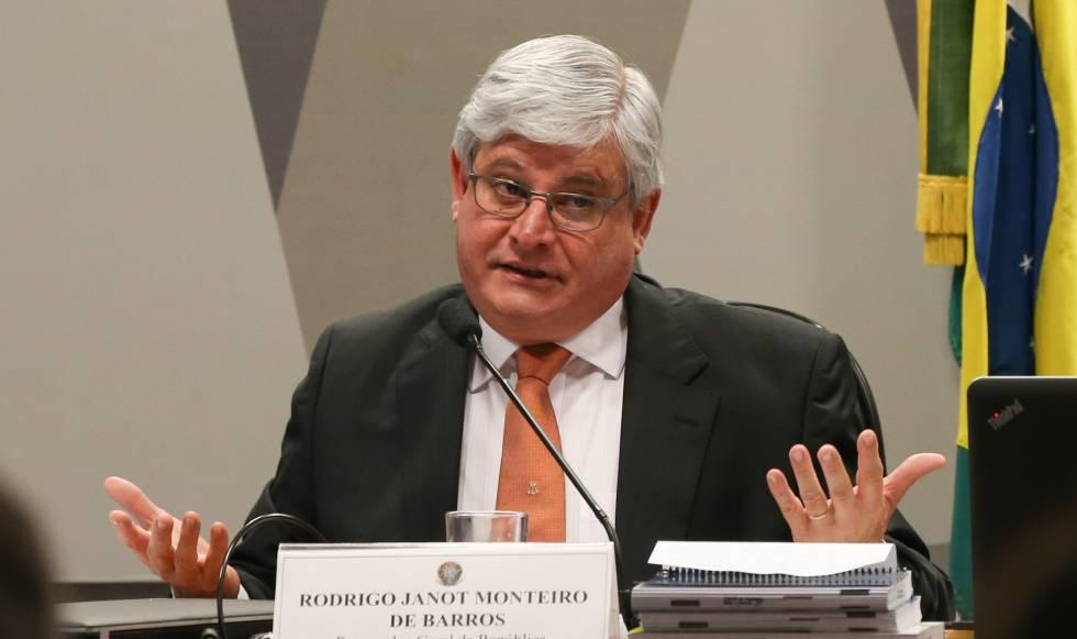 O procurador-geral Rodrigo Janot emitiu parecer ao STF que inibe impeachment de Temer