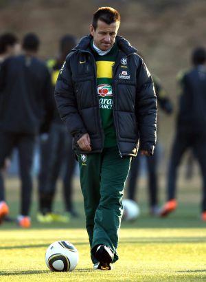 Dunga, durante treino da seleção brasileira.