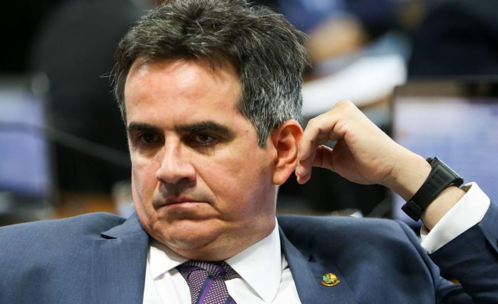O senador Ciro Nogueira em sessão da CCJ no Senado em março de 2018