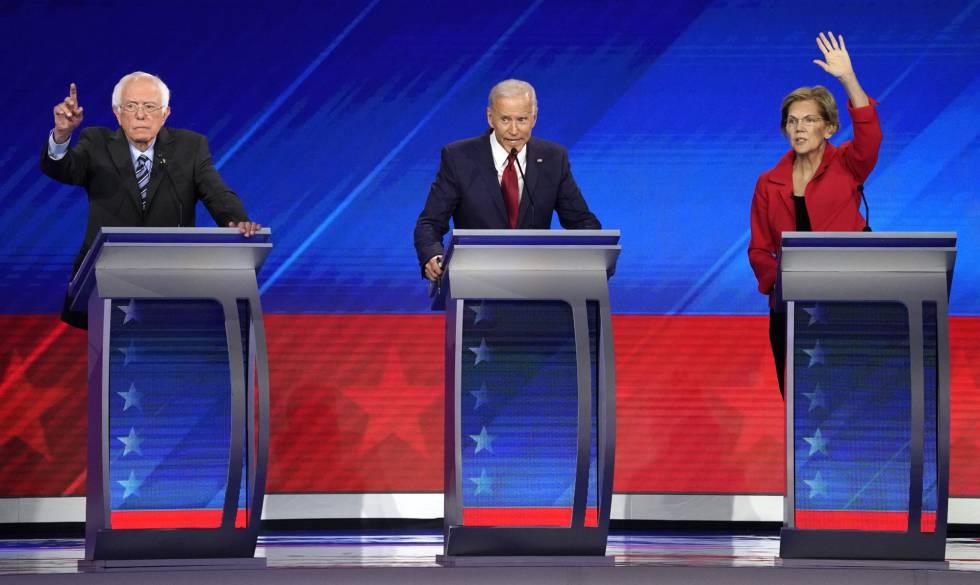 De esquerda a direita, Bernie Sanders, Joe Biden e Elizabeth Warren, nesta quinta-feira durante o debate em Houston.